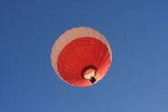 high flying dental experts enjoy balloon flight